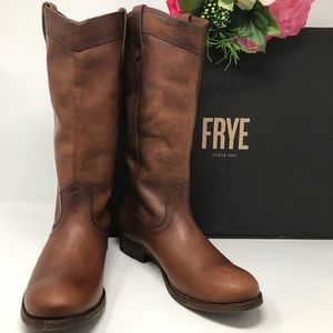 Fry Melissa Pull on Boots New in Box Size 8.5 M